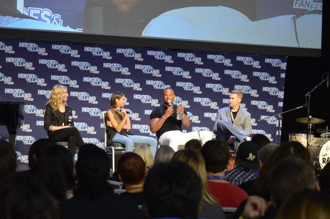 Amy Gumenick (Cupid), Willa Holland (Speedy) and David Ramsey (John Diggle).