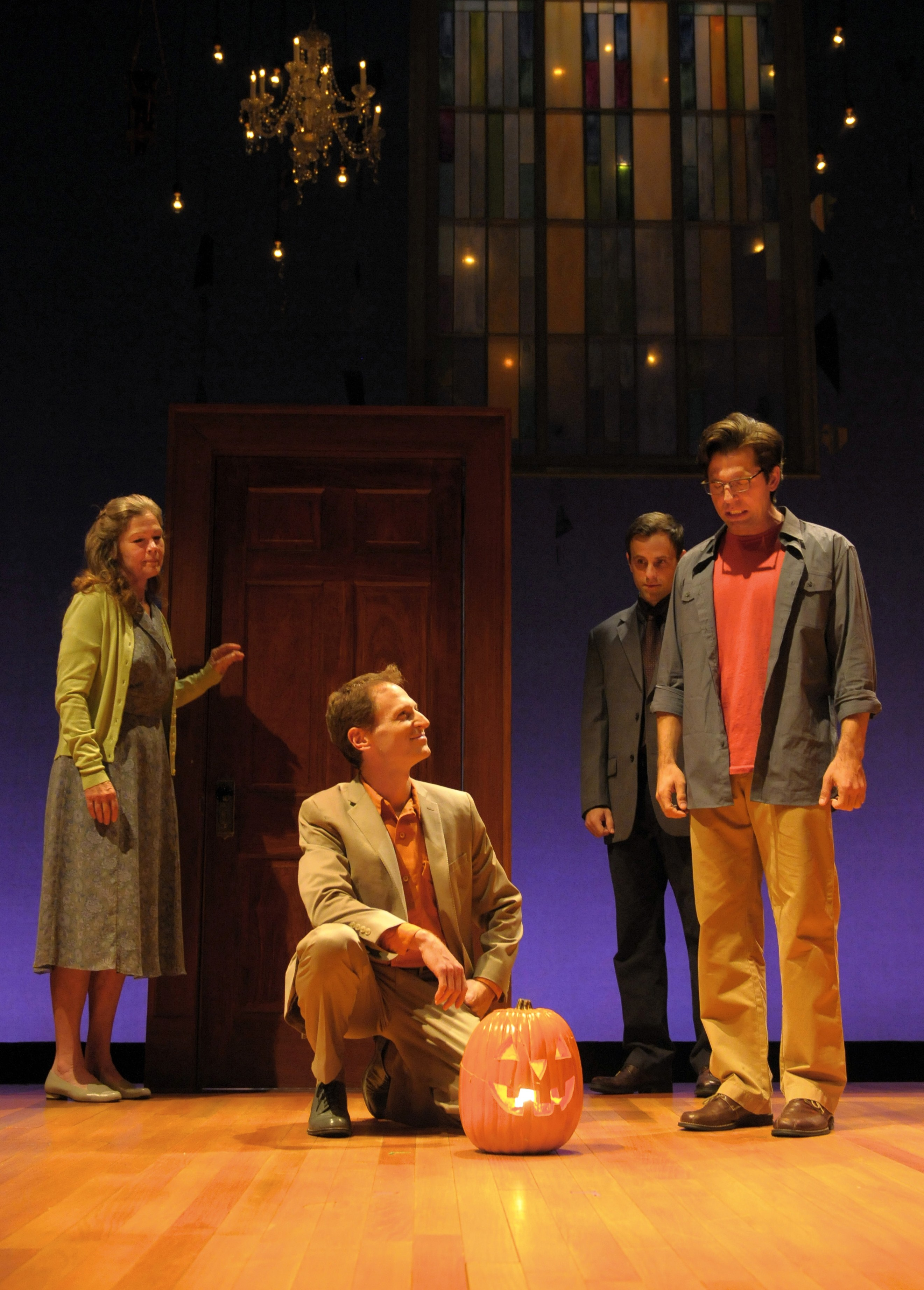 Linda Gehringer, Leo Marks, Aaron Blakeley and Tyler Pierce (left to right). Photo courtesy of kevinberne.com