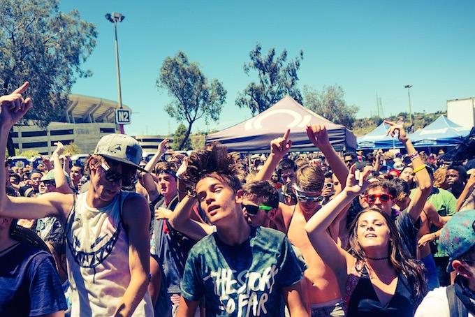 Crowd Vans Warped Tour