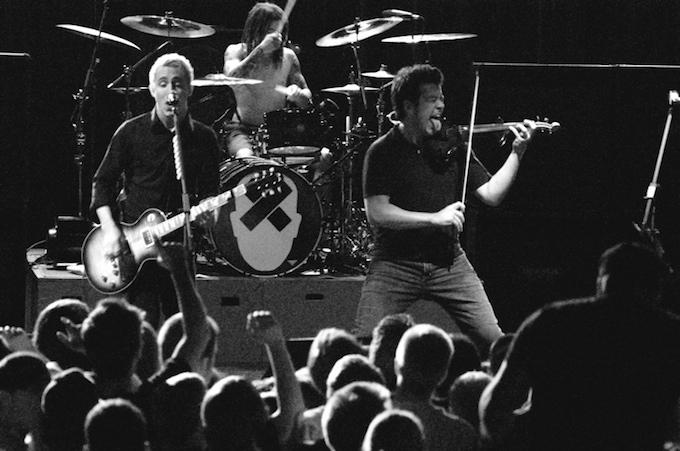 Yellowcard_-_2006_concert