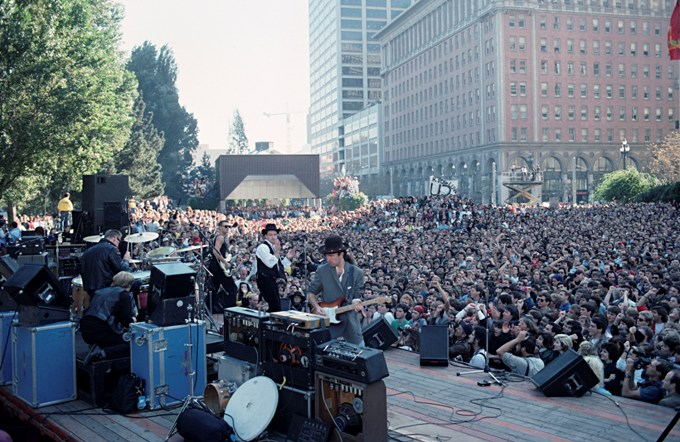 20_BillGraham_U2_at_Justin_Herman_Plaza